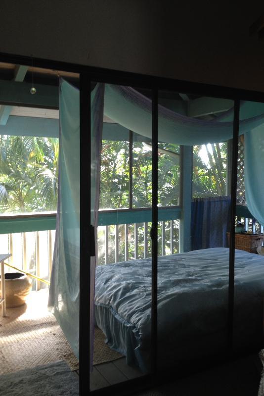 Lanai Ocean of Peace Sleeping Room~ - Tree House Sanctuary above Hanalei Bay - Hanalei - rentals