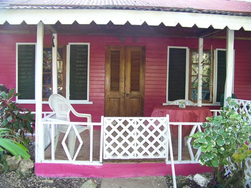 large raspberry cottage - the stoney gate cottage - Negril - rentals
