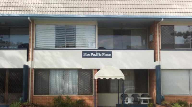Front - Blue Pacific Place - Unit 6 - Holiday Rental Tugun - Unit 6 Blue Pacific Place - Tugun - rentals