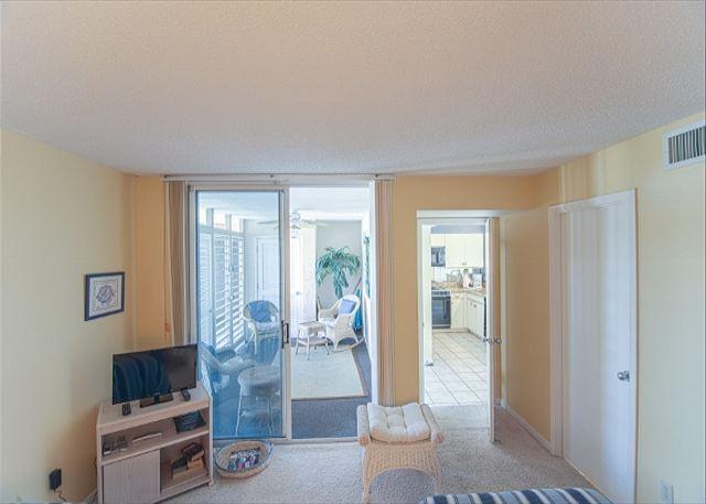 Beautiful 2Bed/2Bath Destin Vacation Rental With Lanai and Balcony - Image 1 - Destin - rentals