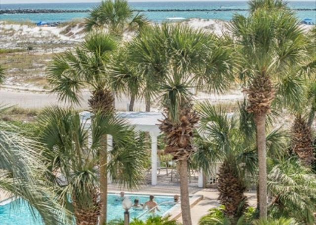 Refreshing Condo Located at Magnolia House in Destin Pointe - Image 1 - Destin - rentals