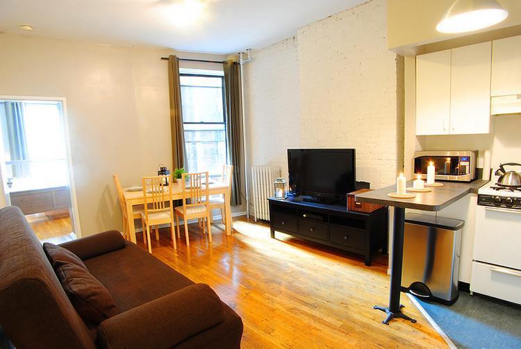 TIMES SQUARE 47TH ROCKEFELLER: 1 Bedroom 1 Bathroom - Image 1 - New York City - rentals