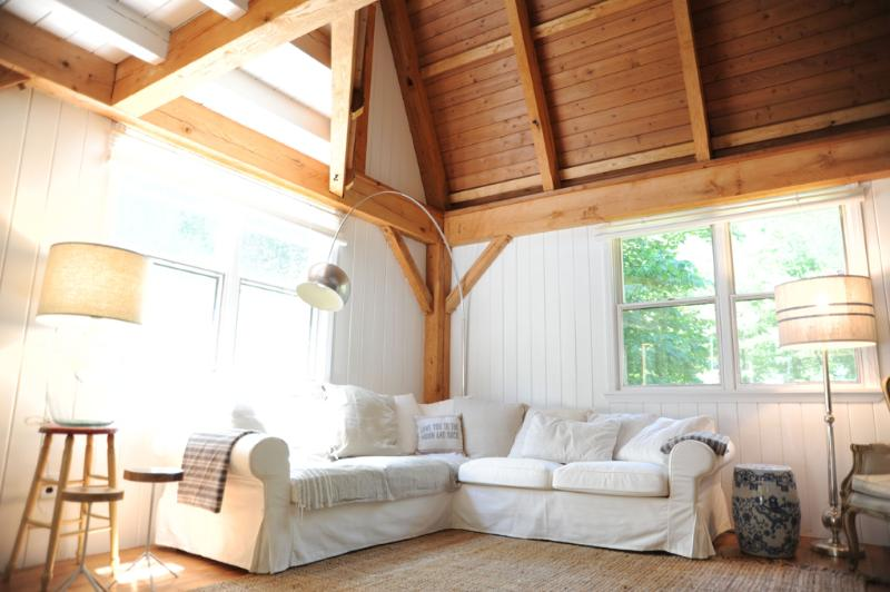 Living Room - Hamptons Lofty Beach Barn - Pet Friendly - Water Mill - rentals