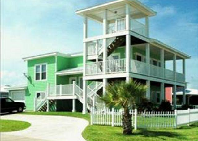 Fabulous 4 bedroom, 3.5 bath home in wonderful Royal Sands - Image 1 - Port Aransas - rentals