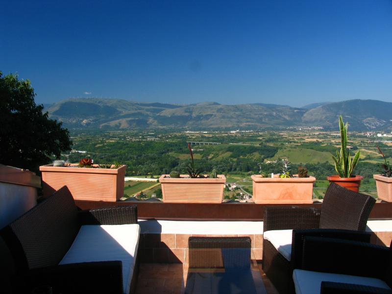 Roof terrace and view - The Gateway To The Parks - Roccacasale - rentals