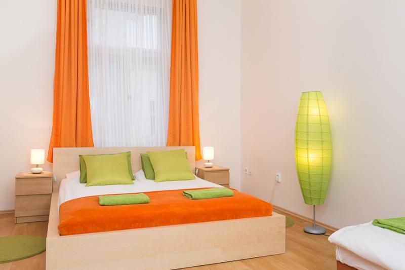 I`M Sunrise Apartment, 10 minutes downtown - Image 1 - Prague - rentals