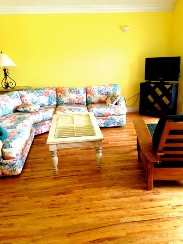 Relaxing Lakefront Suite - Image 1 - Powers Lake - rentals