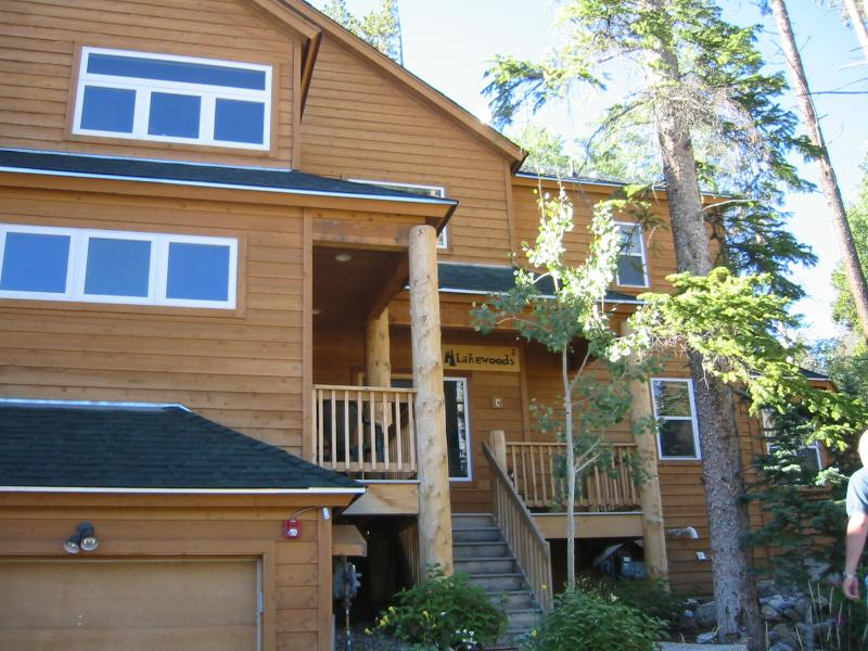 Front of unit in the summer - Stunning Views Hot Tub-Backyard of National Forest - Silverthorne - rentals