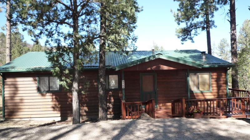 The Entrance to the Sun Mountain Cabin - Sun Mountain Cabin - 3 Bed 3 Bath Hot Tub Cabin - Alto - rentals