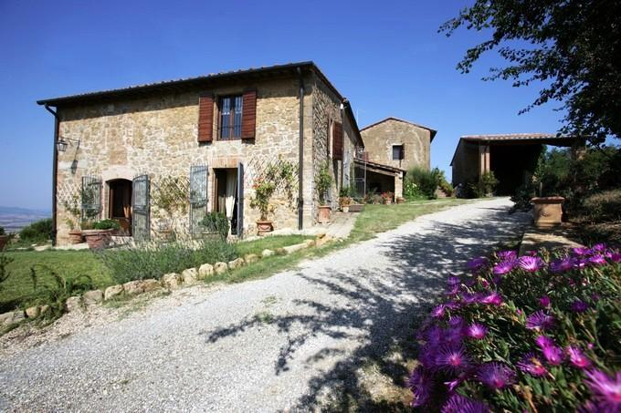 Farmhouse in Southern Tuscany with Two Large Units - Casale Monticchiello - Image 1 - Tuscany - rentals
