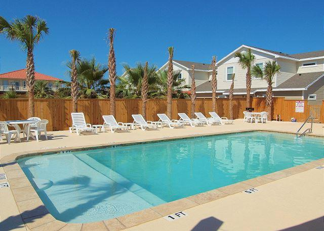 Come stay close to the beach in a 3/2 Townhouses w/lots of Extras! - Image 1 - Corpus Christi - rentals