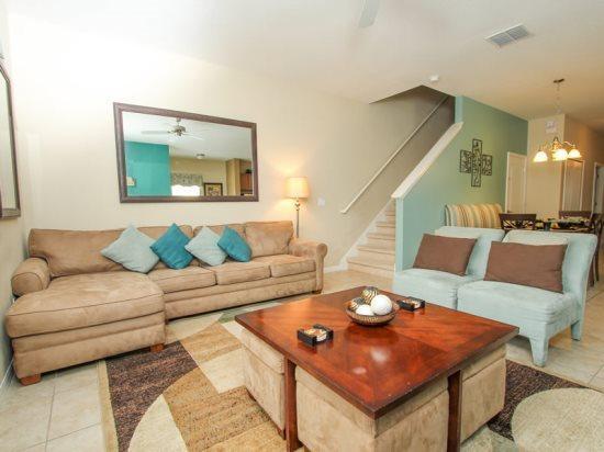 5 Bedroom 4 Bathroom Town Home In Paradise Palms Sleeps 13. 8950COCO - Image 1 - Orlando - rentals