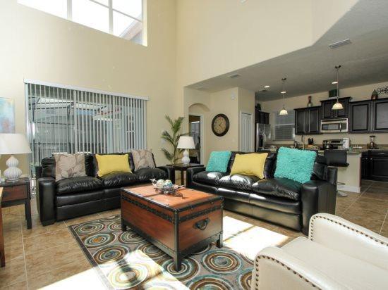 5 Bedroom 5 Bath Pool Home Sleeps 12 & Near Disney. 8928BPR - Image 1 - Orlando - rentals