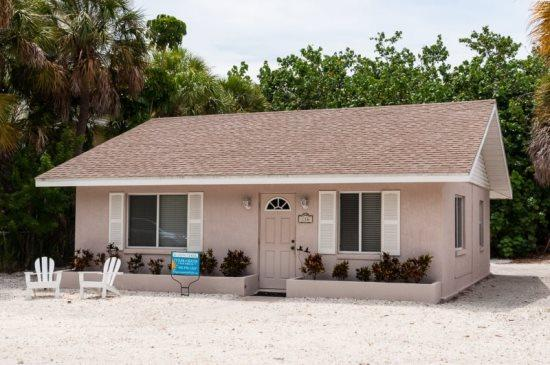 Sandy Toes- 116 Palmetto Ave, Anna Maria - Image 1 - Anna Maria - rentals