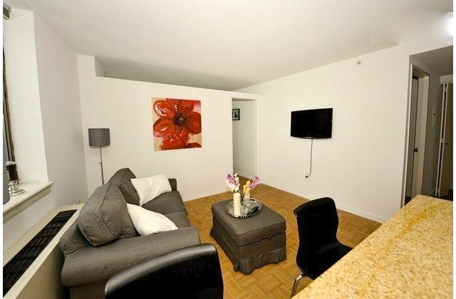 Luxury 2 bedroom Apartment in Midtown South!! - Image 1 - New York City - rentals
