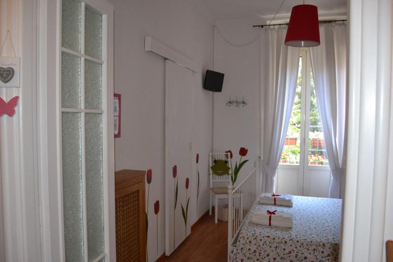 Tulipani room - Bed and Breakfast  I PRATI DI ROMA - Rome - rentals