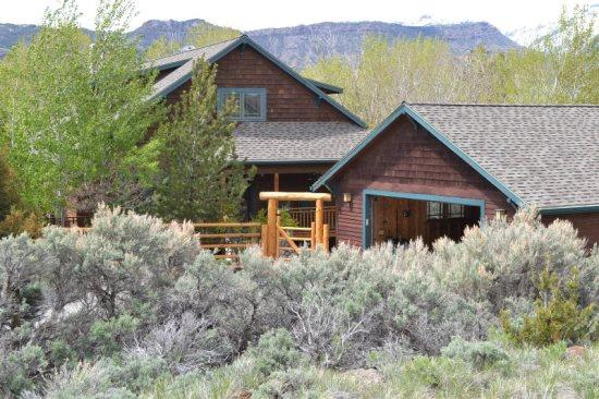 Welcome to Green Creek Lodge - SPECIAL PRICING for May 31-June 8, 2015! - Cody - rentals