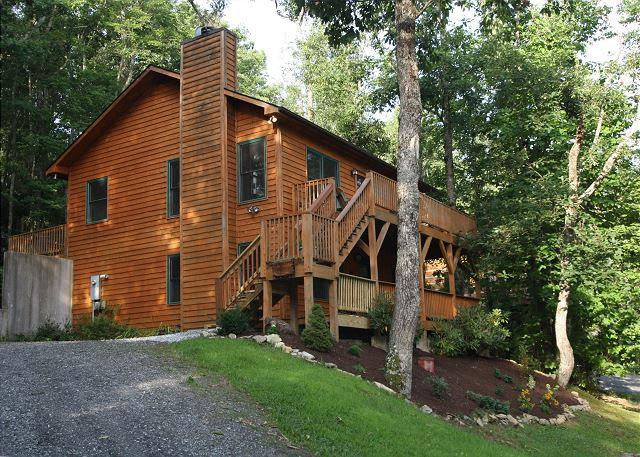 Crescent Dream a great family retreat just minutes from the Parkway - Image 1 - Boone - rentals
