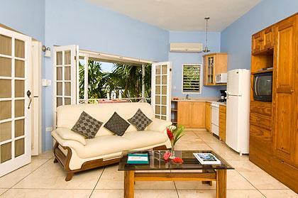 PARADISE RONDEL VILLAGE 1 BEDROOM BEACHFRONT VILLA IN NEGRIL - Image 1 - Negril - rentals