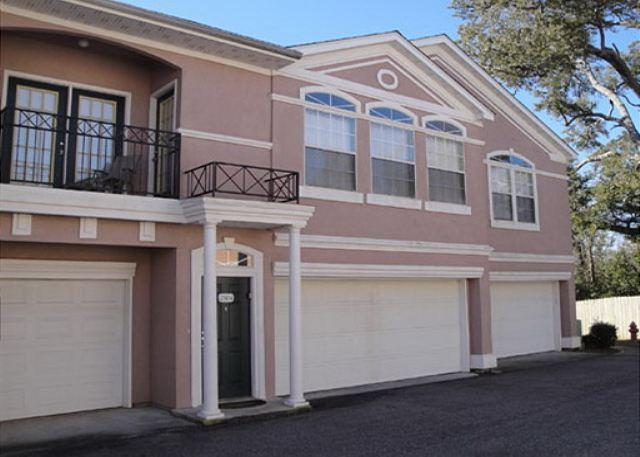 Beautiful 2 bedroom / 2 bath 2nd Floor Condo. - Image 1 - Gulfport - rentals