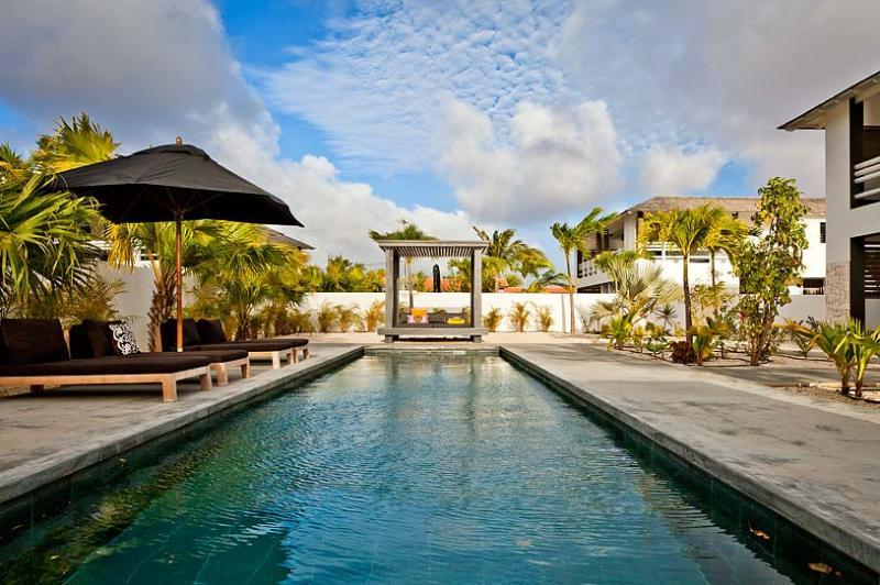 Garden Villas Iguana, Sleeps 8 - Image 1 - Kralendijk - rentals