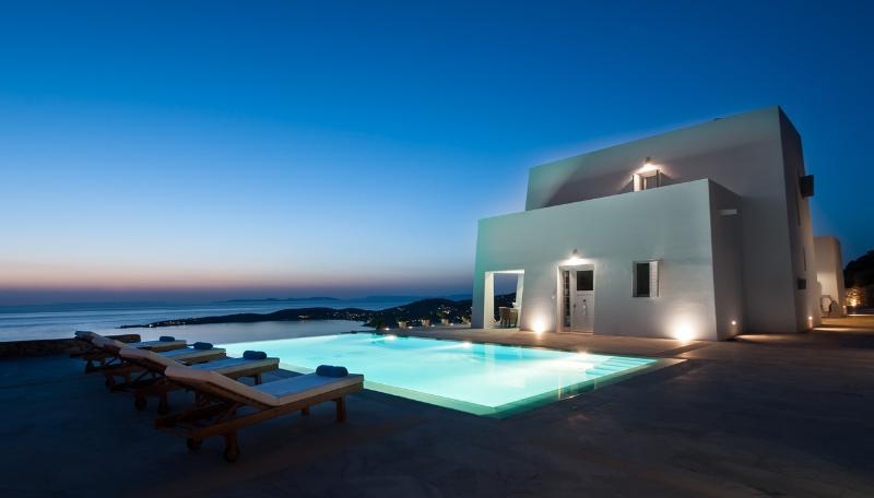 Taxiarhaki Luxury Estate - Image 1 - Paros - rentals