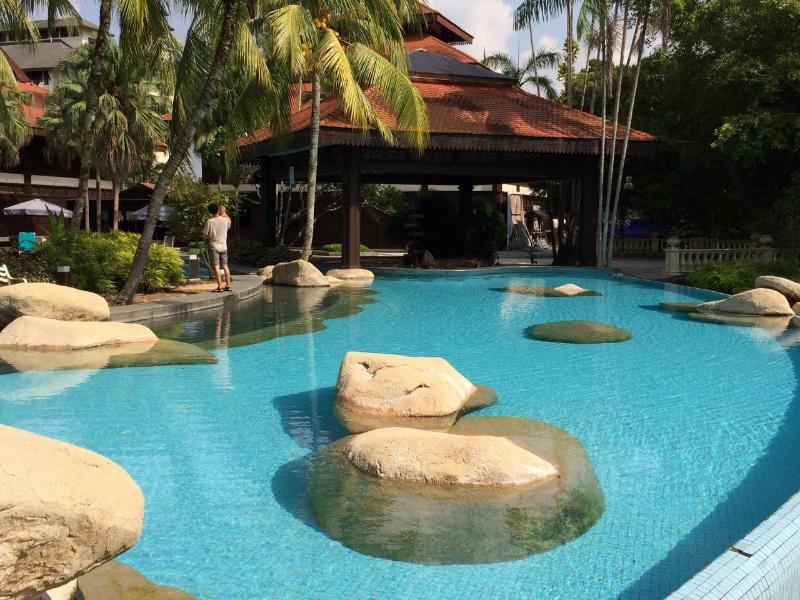 Scenic pool - 3BD Resort Apartment with Amazing Golf Course View - Johor Bahru - rentals