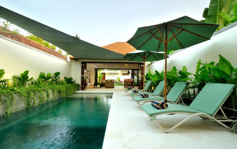 Pool deck - New Luxurious Two-Bed Villa with Private Pool - Sanur - rentals