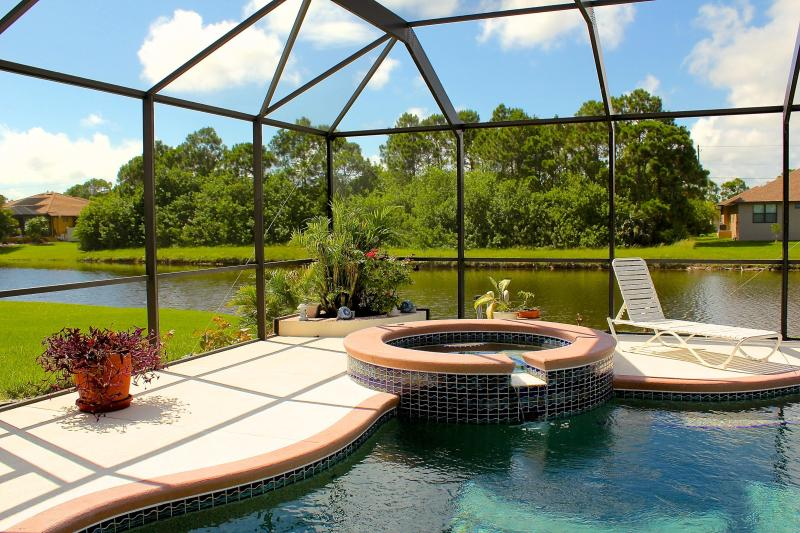LANAI AT WATERS EDGE - Beautiful Huge Waterfront Villa  #1138 - Rotonda West - rentals