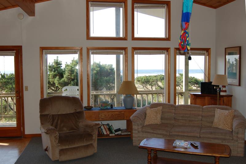 Jeske's Beach Front, Ocean View, Sleeps 14 (6 BR) - Image 1 - Rockaway Beach - rentals