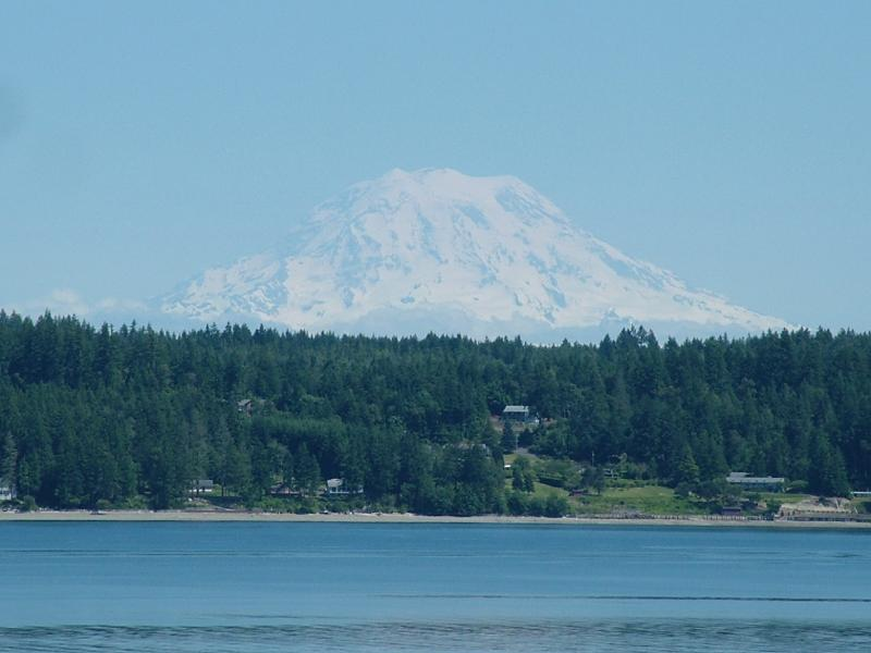 View of Mt. Rainier and Puget Sound's Case Inlet from the 900 square foot deck - Puget Sound Harstine Island Hideway - Shelton - rentals