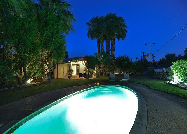 Ruth Hardy Park Oasis~ - Image 1 - Palm Springs - rentals