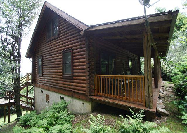 Paradise Found is a adorable cabin just minutes from the Blue Ridge Parkway - Image 1 - Boone - rentals