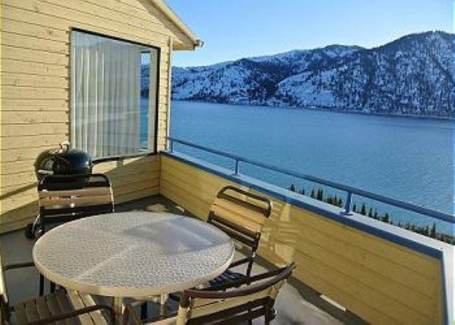 Wapato Point Lake Front Condo with panoramic lake & mountain views. - Image 1 - Manson - rentals