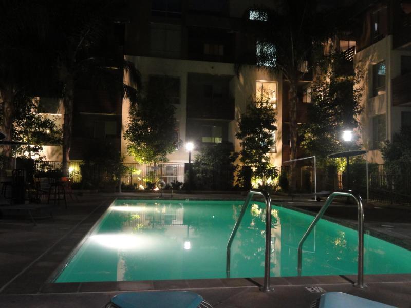 Heaven on Hollywood Boulevard 2 BR Furnished Apart - Image 1 - Los Angeles - rentals