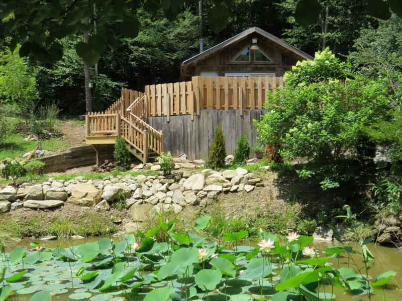 The Garden Cabin was recently renovated. - Cozy Cabin, Newly Remodeled, Fresh Eggs, Hdtv, Wifi, Waterwheel with Koi Pond - Fairview - rentals