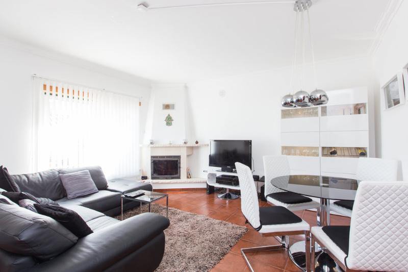 V3 HOUSING – AREIA BRANCA BEACH | PENICHE - Image 1 - Lourinha - rentals