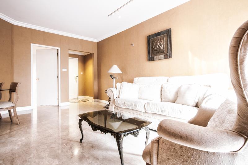 Spacious and Stylish Living room - Stylish City Apartment - Jakarta - rentals
