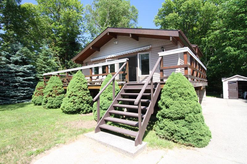 R Place cottage (#886) - Image 1 - Sauble Beach - rentals