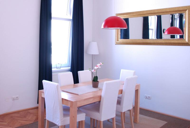 Dining Area - Family City Apartment 100m² 2 bedrooms - Vienna - rentals