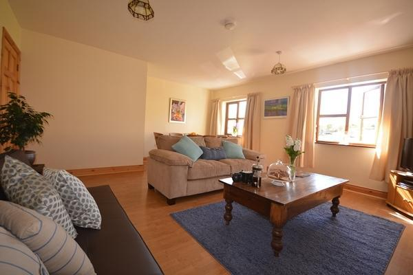 Gilly May's Loft - Image 1 - Dingle - rentals