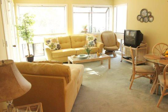 Only 1 Block to the Beach! Nice Condo! 19276 - Image 1 - Myrtle Beach - rentals