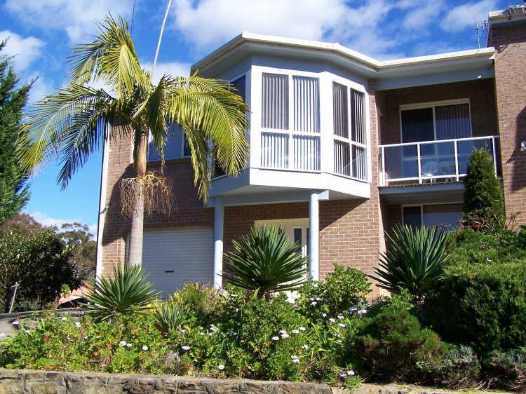 2A Hume Road - Image 1 - Batehaven - rentals