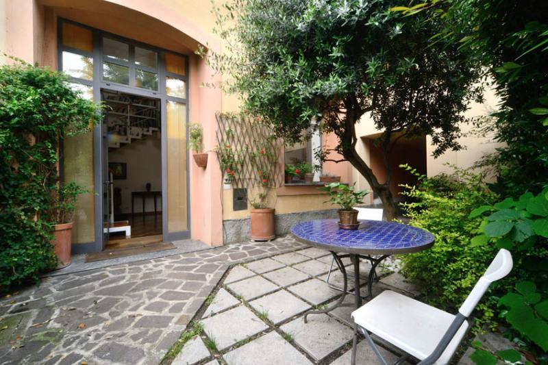 entrance - very prestigious loft - Milan - rentals