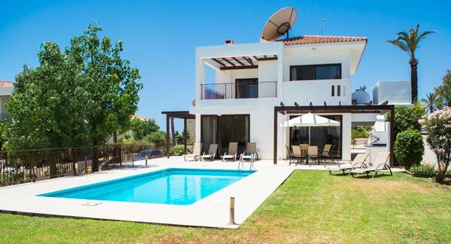 Beautiful pool - Spacious and comfortable with stunning sea views . - Mazotos - rentals