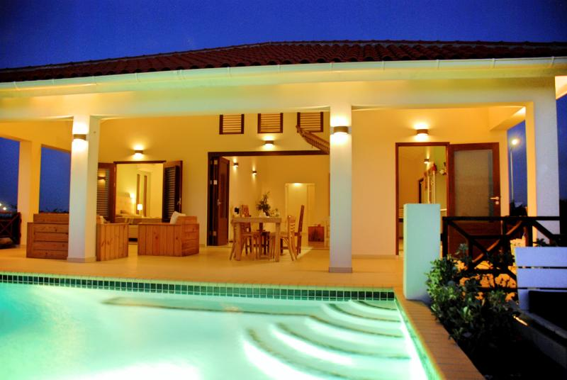 Villa SeruGrandi, Luxerious villa in Curacao, Grote berg - Image 1 - Willemstad - rentals
