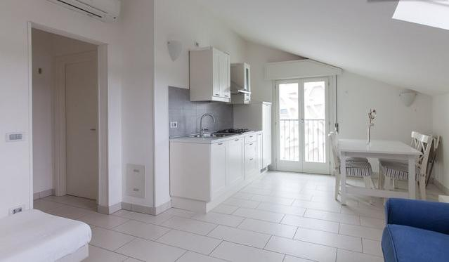 Air-conditioned up to 7 people only 100 meters from the sea - Image 1 - Cervia - rentals