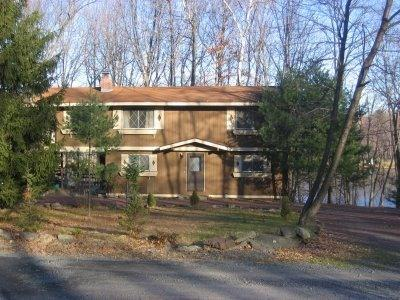 "Four Bedroom Lakefront Home - Gameroom Hse nr/Camelback Mtn. with 55"" Plasma TV - Tannersville - rentals"