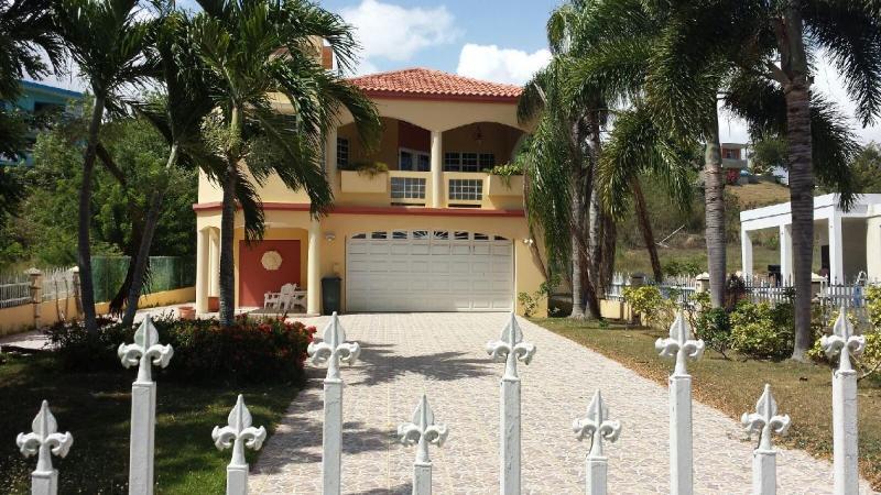 Front Entrance To Home - Villa Casa Maria  Aquadilla, Hatillo, Camuy (WIFI) - Hatillo - rentals