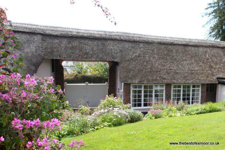Priory Thatch Cottage, Dunster - Sleeps 2 - Exmoor National Park - Medieval village - Image 1 - Dunster - rentals